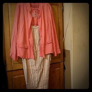 3pc bundle, coral leisure suit with matching capri